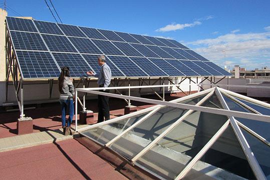 Placas solares en sede central Enercoop